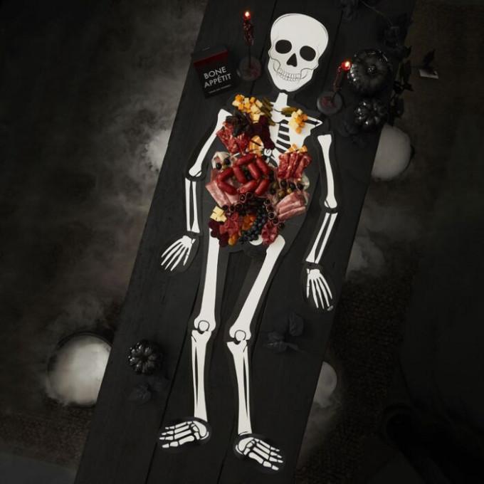 fri 133   skeleton grazing board